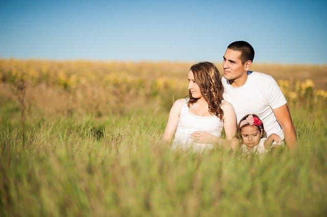 La vie quotidienne d'une famille chrétienne : une vie d'harmonie idéale en pleine nature