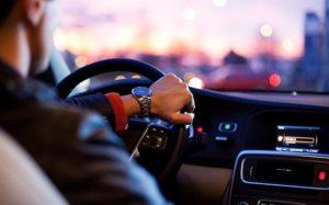 Quelles sont les différentes raisons de louer une voiture?