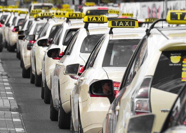 Devenir chauffeur de taxi : les conditions nécessaires